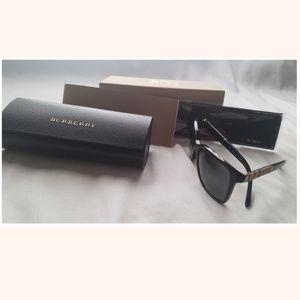 BURBERRY 58mm CHECK-PRINT WAYFARER SUNGLASSES